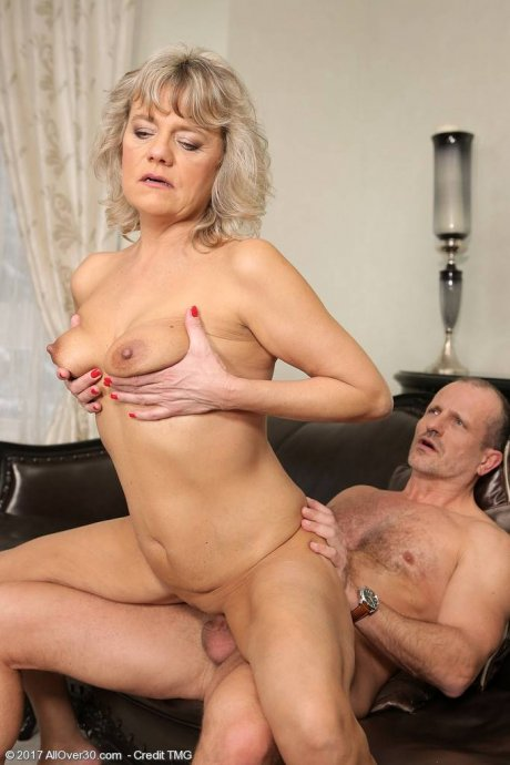 Blonde mature housewife Sherry D gets fucked at AllOver30