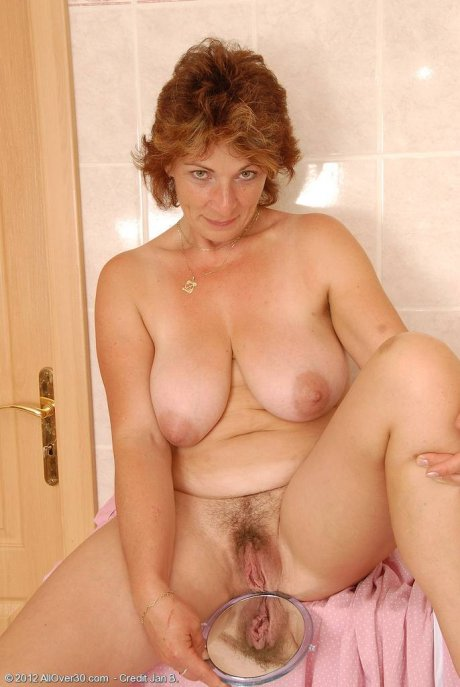 All natural MILF Misti spreading her large hairy pussy at AllOver30
