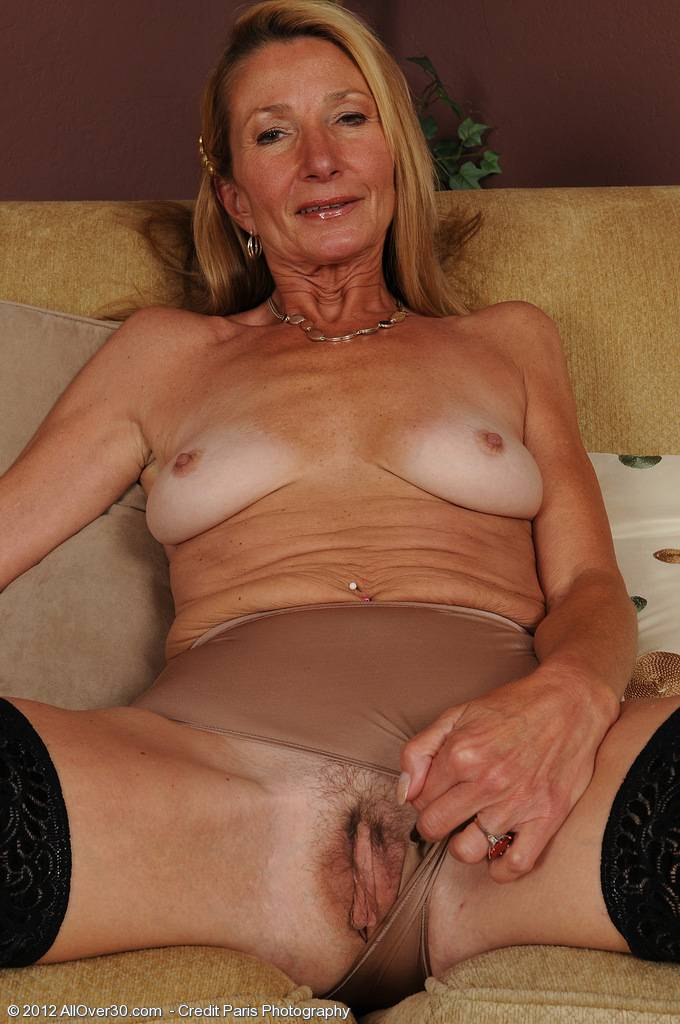 Elegant mature housewife Pam looking great for 51 years old at AllOver30