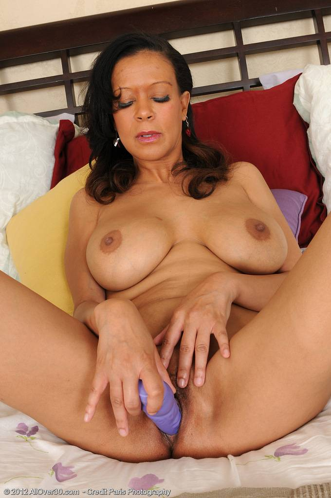 48 Year Old Natalie Walsh Drives A Blue Dildo Deep Inside Her Mature Hole At Allover30