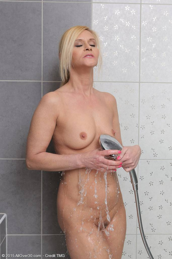 Cute Blonde 44 Year Old Starlet Getting Herself Pussy Off In The Shower At Allover30
